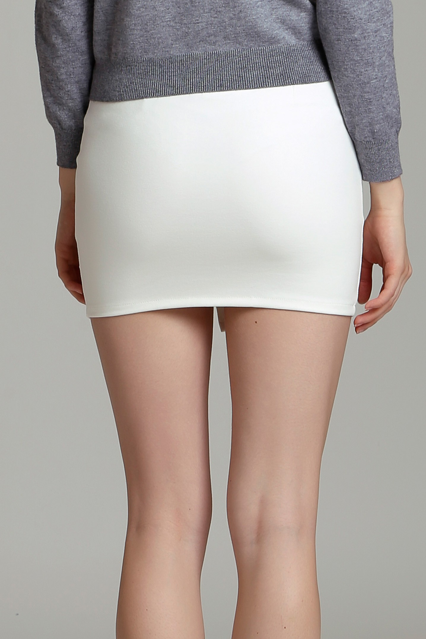132265699 Diagonal Zipper Mini Skirt - J.Rep Virtual Store