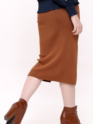 Knitted Buttons Skirt