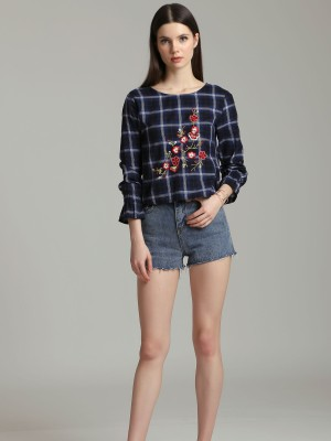 Flower Embroidery Long Sleeves Plaid Top