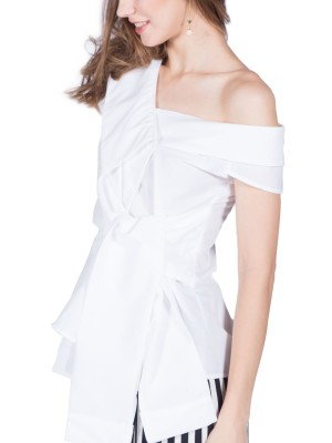 Front-Tie Sleeveless Wide Collar Top