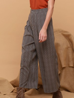 Checkered Wide-Leg Pants