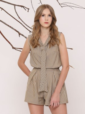 Two Pieces Set Stripes Sleeveless Top And Shorts