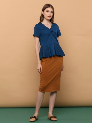 Twisted Neckline Flare Edge Top