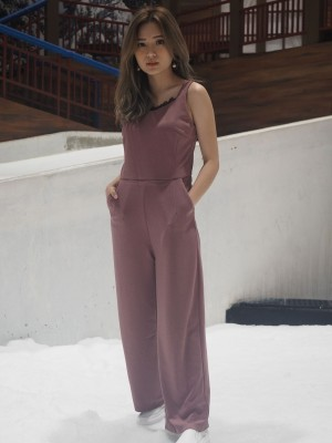 Lace Accent Neckline Jumpsuit