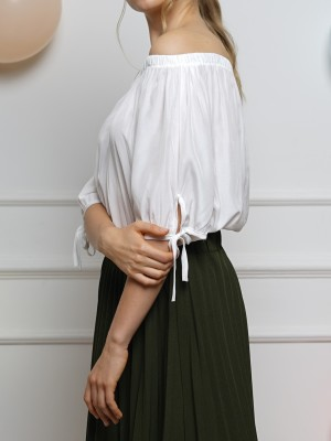 Off-Shoulder Sleeves Tied Top