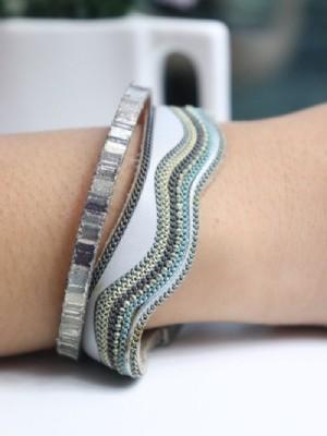 Wavy multicolor bracelet