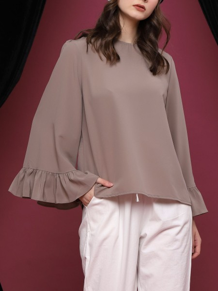 Ruffled-Long Sleeve Top