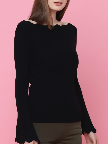 Bell Long Sleeves Boat Neck Top