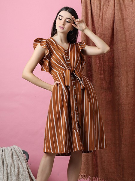 Cottage Core Ruffle Sleeves Lines Dress