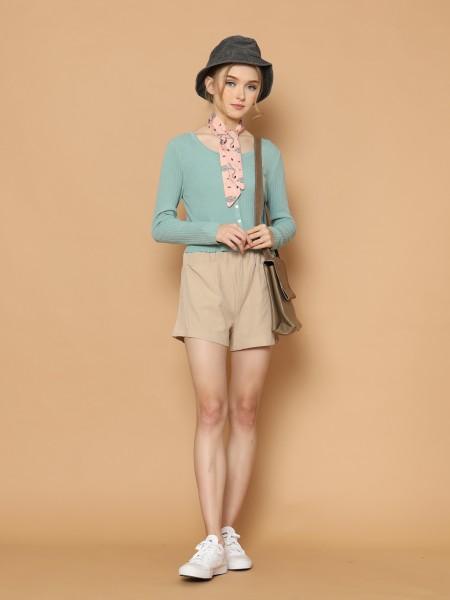 Semi Crop Knitted Shirt